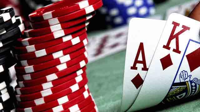 judi poker M88
